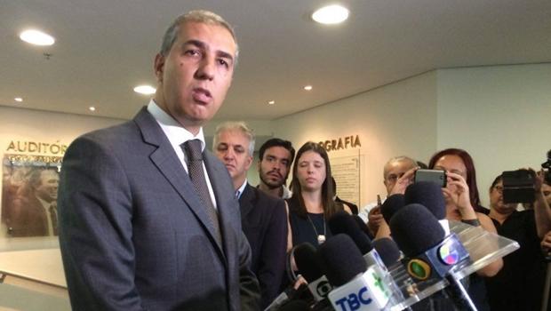 """José Eliton promete """"política de tolerância zero"""" ao assumir Secretaria de Segurança Pública"""