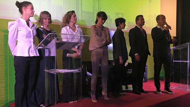 Diretora do Jornal Opção, Patrícia Moraes Machado; empresária Julliana Araújo; perfumista Leonora Rocha Lima; designer Eleonora Hsiung; escritor Hector Ângelo; superintendente do Sebrae-GO, Igor Montenegro; e o organizador do evento, Marcus Vinícius Queiroz