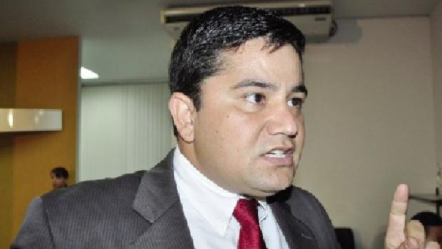 """Presidente da Câmara, Rogério Freitas: """"Não devolverei a matéria"""""""