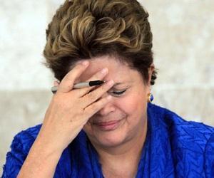 Dilma Rousseff chora dilmarousseffsangra-300x250e