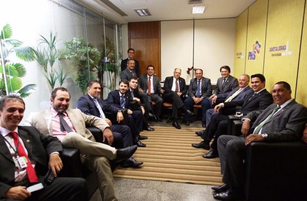 Eduardo Machado e a bancada do PSD 1466041_10208883626550911_7336420712518154545_n