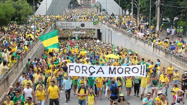 Protesto das ruas é o primeiro impeachment contra Dilma Rousseff produzido pelos brasileiros