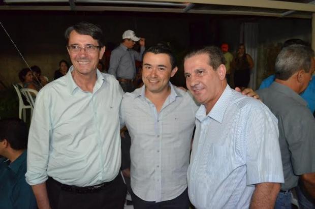 Kelton Pinheiro e Valcenor e Vanderlan 763908cd-4eb3-4cd9-b6c4-e1f78fd5e280