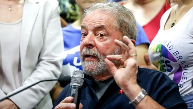 """Vídeo flagra Lula em momento de raiva: """"Eles que enfiem no c* todo o processo!"""""""