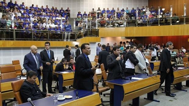 Galerias do plenário ficaram lotadas para assistir a votação do projeto de concessão da Saneago | Foto: reprodução Câmara Municipal