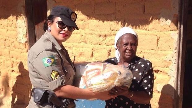 Polícia Militar realiza entrega de alimentos em comunidades Kalunga