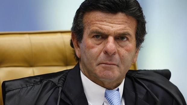 Ministro do STF nega mandado de segurança para manter posse de Lula