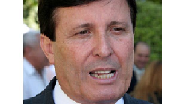 Anápolis comenta que Pedro Canedo deve desistir da disputa para prefeito