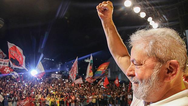 Com impeachment ou sem, Lula começou campanha para 2018