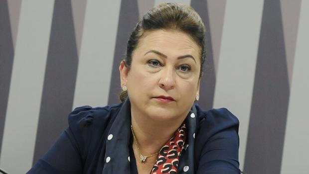 Kátia Abreu: expulsa ou sairá do PMDB? | Foto: Alessandro Dantas / PT do Senado