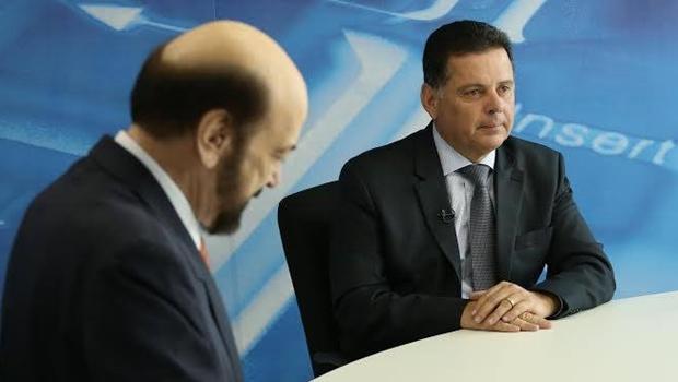 Governador Marconi em entrevista ao apresentador Paulo Beringhs