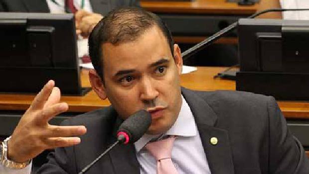 Deputado Vicentinho Junior destaca importância da BR-242
