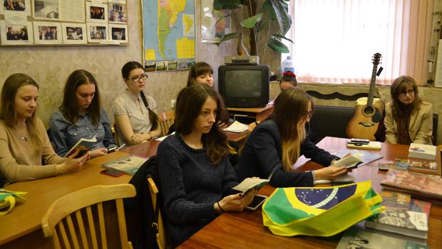 Centro Lusófono russo prepara antologia de contos brasileiros