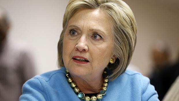 Hillary Clinton culpa Putin e chefe do FBI por sua derrota