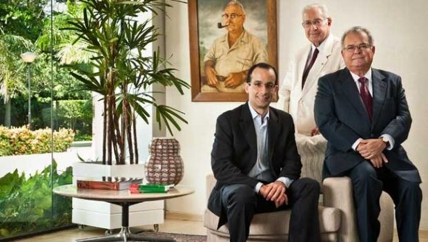 Família Odebrecht está disposta a destruir a elite política do país para salvar a empresa