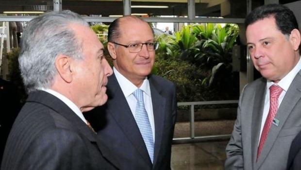 Marconi Perillo mantém forte ligação com principais (futuros) ministros do governo de Michel Temer