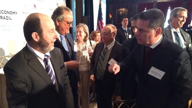 Durante evento em Nova York, o governador Marconi Perillo (PSDB) conversou com Armínio Fraga, ex-presidente do Banco Central | Foto: Gabinete de Imprensa