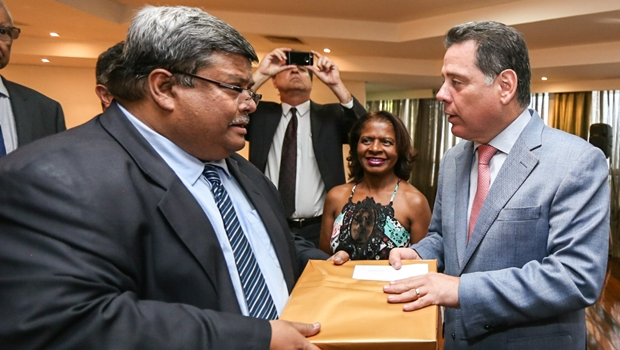 """""""Goiás é centro da relação comercial com outros países"""", diz embaixador de Bangladesh"""