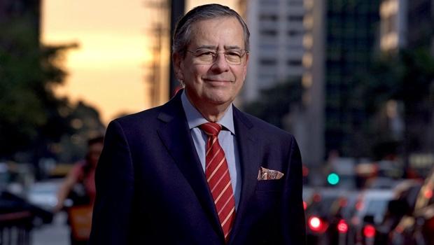 Jornalista Paulo Henrique Amorim lança em Goiânia livro O Quarto Poder