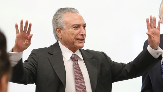 Temer diz que há dívida de mais de R$ 200 milhões com a Cultura e alfineta críticos