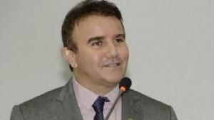 Eduardo Siqueira Campos, gestão 1993-1996
