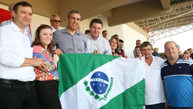 Governador em exercício, José Eliton participa de celebrações religiosas em quatro municípios