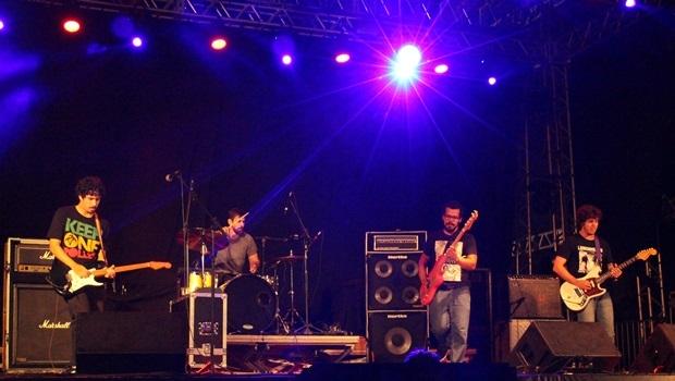 Mahmed provou no Palco Skol que música boa nem sempre precisa de vocalista | Foto: Bruna Aidar