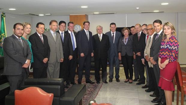 Marconi apresenta demandas a Temer em reunião com deputados e senadores