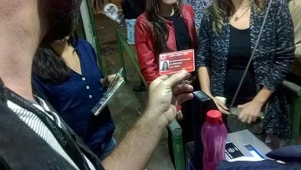 Liminar desobriga filiação a entidades estudantis nacionais em documento para meia entrada   Foto: Procon/Goiânia
