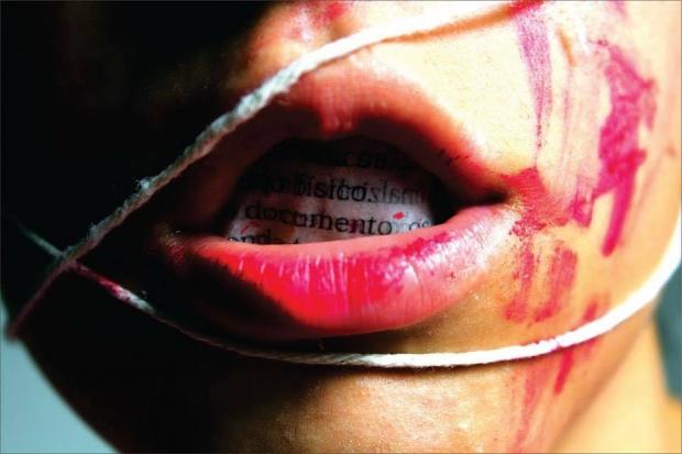 Foto do projeto da Cia da Hebe Sucupira, cedida para o ATO - Repúdio ao Estupro Coletivo, em Goiânia | Créditos: Ana Paula Ricci