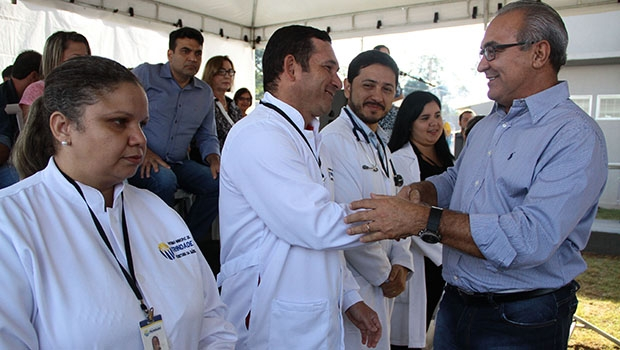 Prefeito Jânio Darrot entrega mais uma unidade de saúde aos trindadenses: garantia de melhor atendimento | Foto: Iris Roberto