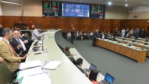 José Vitti (PSDB) e Francisco de Oliveira (PSDB) seriam os candidatos na disputa da presidência da Assembleia | Foto: Marcos Kennedy