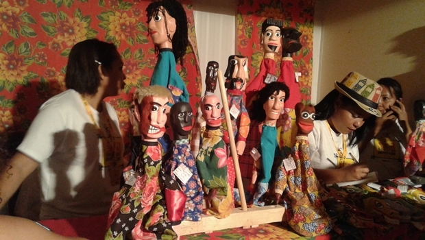 Parte dos bonecos podiam ser comprados pelo público | Foto: Augusto Diniz