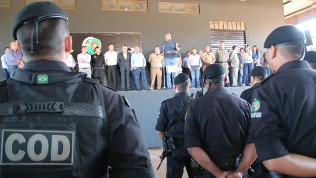 Em Goiatuba e Itumbiara, José Eliton destaca avanços na estrutura das polícias goianas