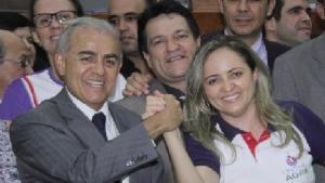 Deputado Paulo Mourão e reitora Elizângela Cardoso: comemoração | Foto: Divulgação
