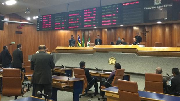 Plenário da Câmara durante votação do relatório final da CEI das Pastas Vazias   Foto: Larissa Quixabeira / Jornal Opção