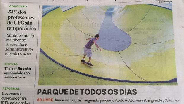 """Fotografias e reportagem sobre pista de skate contestam título da capa de """"O Popular"""""""