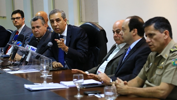 Secretário José Eliton concede coletiva de imprensa | Foto: Wildes Barbosa