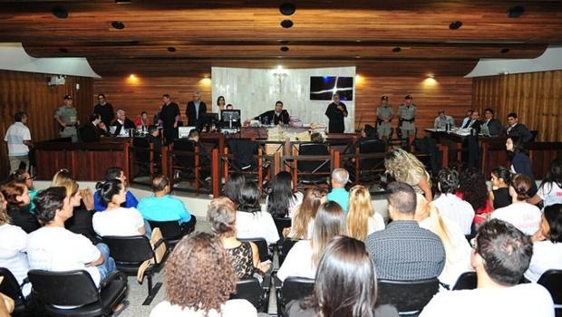 Familiares das vítimas e réus acompanham julgamento | Foto: Assessoria TJGO