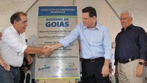 Governador Marconi Perillo (PSDB) entrega obras do Aeródromo | Foto: Divulgação Gabinete Imprensa