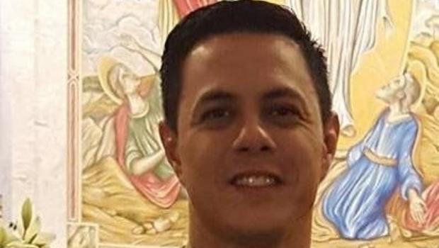 Os EUA protegem seus policiais. Em Goiás, 2 militares foram assassinados por criminosos