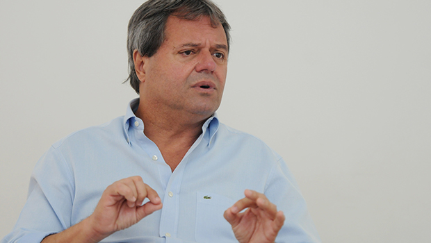 """Rincón sobre passe livre: """"Iris não concorda com benefício que ele não tenha concedido"""""""