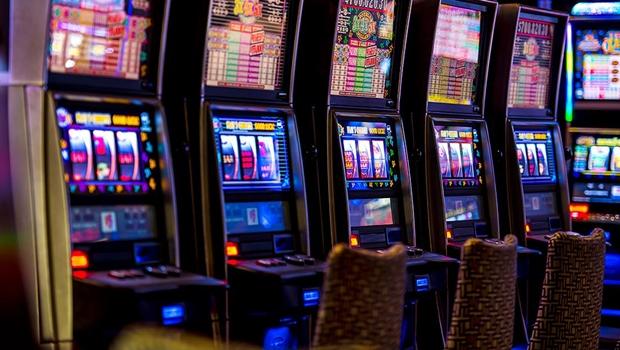 Câmara adia votação do marco regulatório dos jogos para próxima semana