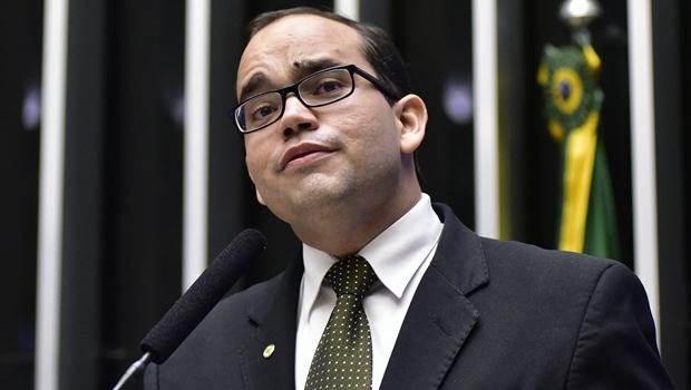 """Deputado tucano nega acordão entre Temer, PSDB e Cunha: """"Votaremos 100% pela cassação"""""""
