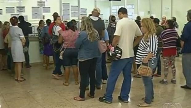 Reclamação sobre espera de atendimento em bancos cresce 151%