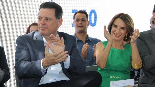 Secretaria e governador durante evento nesta terça | Foto: Marco Monteiro