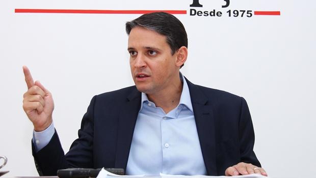Quem defende o governador é o candidato do PSD, afirma Thiago Peixoto