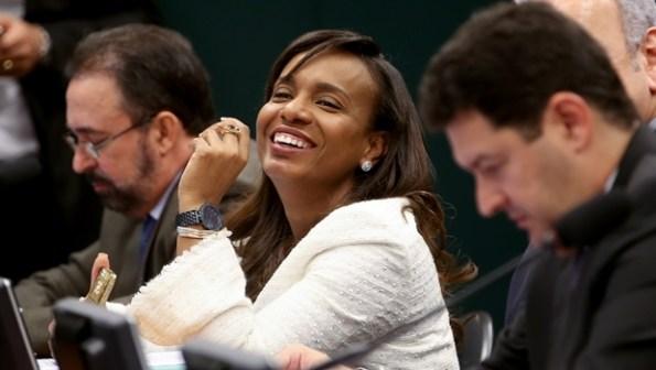 Deputada Tia Eron, considerada o voto de minerva no Conselho de Ética  | Foto: Wilson Dias/Agência Brasil)