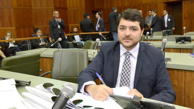 Assembleia Legislativa vai propor um conselho de combate a fake news em Goiás