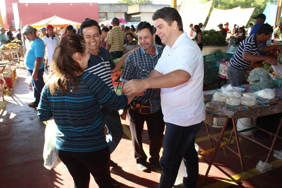 Prefeito de Uruaçu fiscaliza pessoalmente o atendimento do setor de saúde